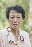 asiatisk gammalare kvinna arkivbilder