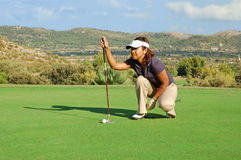 asiatisk golfarelady Fotografering för Bildbyråer