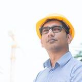 Asiatisk indisk teknikerstående fotografering för bildbyråer