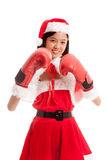 Asiatisk julSanta Claus flicka med boxninghandsken arkivbilder