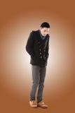 Asiatisk känselförkylning för ung man Royaltyfri Fotografi