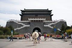 Asiatisk kines, Peking, forntida arkitektur, Zhengyang Jianlou Royaltyfria Bilder