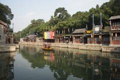 Asiatisk kines, Peking, historisk byggnad, sommarslotten, Suzhou gata Royaltyfria Bilder