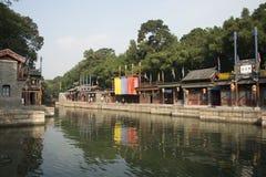Asiatisk kines, Peking, historisk byggnad, sommarslotten, Suzhou gata Fotografering för Bildbyråer