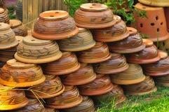 Asiatisk krukmakeri som blomkrukan arkivbild