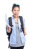 Asiatisk kvinna med information om ryggsäck och om lopp Arkivfoto