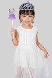Asiatisk liten kinesisk flicka i prinsessan Costume royaltyfria bilder