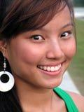 asiatisk lycklig le kvinna arkivbild