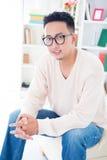 Asiatisk manlig för Southeast med anblickar fotografering för bildbyråer