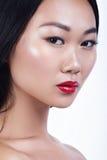 Asiatisk stående för modellskönhetglamour härligt kvinnabarn royaltyfri fotografi