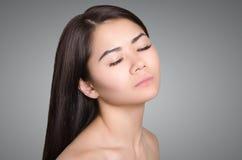 asiatisk ståendekvinna royaltyfria foton