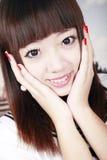 asiatisk ståendeschoolgirl Arkivbilder