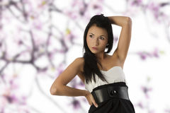asiatisk svart flickawhite Arkivfoto