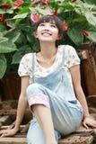 asiatisk tyckande om flickasommar Arkivfoto