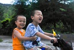 asiatiska bröder Arkivbilder