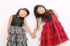 asiatiska flickor två Fotografering för Bildbyråer