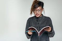 Asiatiska kvinnor har tyckt om Arkivfoton