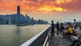 Asiatiska lyckliga turister som reser på Victoria, härbärgerar, Hong Kong, Asien 4K TimeLapse - Augusti 2016, Hong Kong arkivfilmer