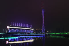 Asiatiska spelenstadion på natten, Guangzhou, Kina Arkivfoto