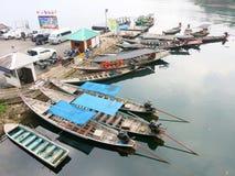 Asiatiska thailändska lokala fartyg Arkivfoton