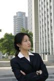 asiatiska unga affärskvinnor Arkivfoto