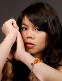 asiatiskt flickaståendebarn Fotografering för Bildbyråer