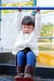 asiatiskt gulligt leka för flicka Royaltyfri Bild