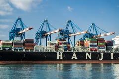 Asiatiskt lastfartyg HANJIN Royaltyfria Bilder