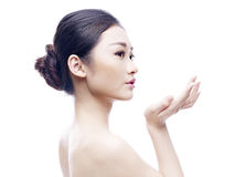 asiatiskt model ståendebarn Royaltyfri Fotografi