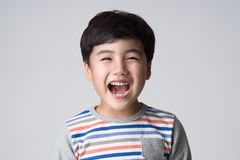 Asiatiskt pojkestudioskott Royaltyfria Bilder