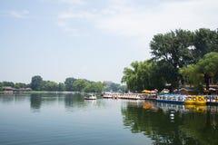 Asien China, Peking, Shichahai szenisch, Sommer, Lakeviewï-¼ ŒSightseeing-Boot Lizenzfreie Stockfotografie