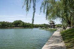 Asien-Chinese, Peking, Taoranting-Park, achteckiger Pavillon Lizenzfreies Stockbild