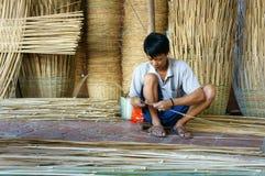 Asien handelby, bambukorg, Mekong delta Arkivbilder