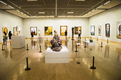Asien Kina, Peking, Kina Art Museum, skulptur, konstutställning arkivbilder