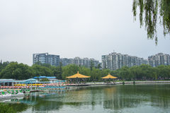 Asien Kina, Peking, Taoranting parkerar den ,Double paviljongen arkivfoto