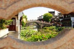 Asien Kina Shanghai Qibao gata Arkivfoto