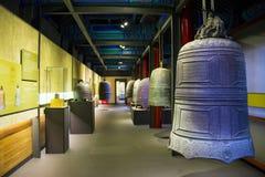 Asien kines, Peking, ¼ Œ för Dazhongsi forntida Klocka Museumï ¼ŒIndoor exhibitionï Royaltyfria Foton
