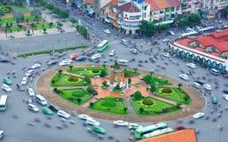 Asien trafik, moped, Ho Chi Minh stad royaltyfri bild