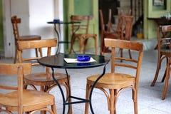 Asiento al aire libre del café Fotos de archivo libres de regalías