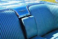 Asiento trasero americano clásico del coche foto de archivo libre de regalías