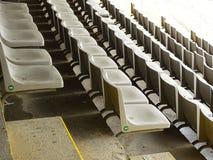 Asientos del estadio en Barcelona el día de fiesta imagen de archivo libre de regalías