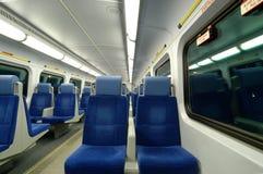 Asientos del tren de noche foto de archivo libre de regalías