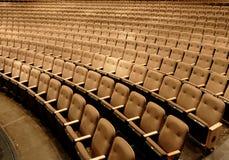 Asientos en un teatro Imágenes de archivo libres de regalías
