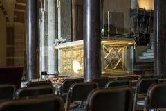Asilica di Sant Ambrogio, altare dorato e ciborio Fotografia Stock