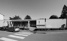 Asilo St Elia幼儿园在黑白的科莫 库存图片