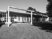 Asilo St Elia幼儿园在黑白的科莫 库存照片