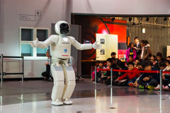 Asimo, робот гуманоида стоковое фото rf