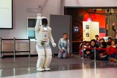 Asimo, el robot del humanoid Fotografía de archivo