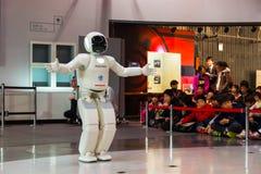 Asimo, el robot del humanoid foto de archivo libre de regalías