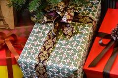 Ask av gåvan Royaltyfri Fotografi
